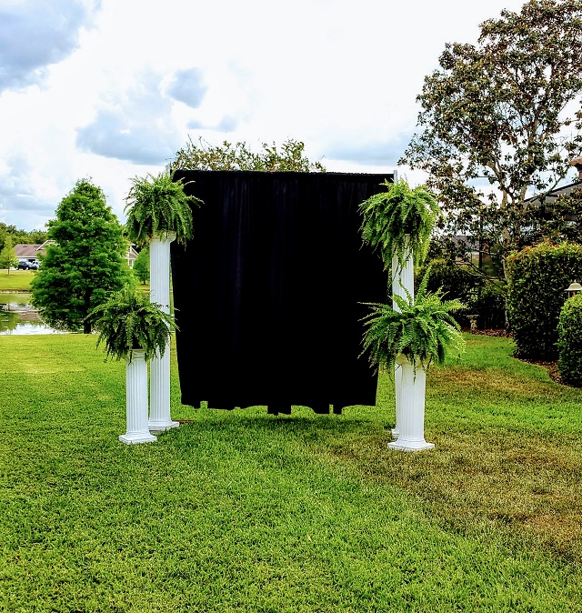 WEDDING COLUMNS WITH PIPE AND DRAPE BACK DROP